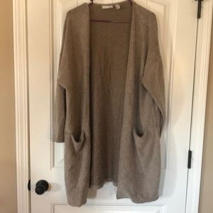 Excellent used condition soft cardigan duster